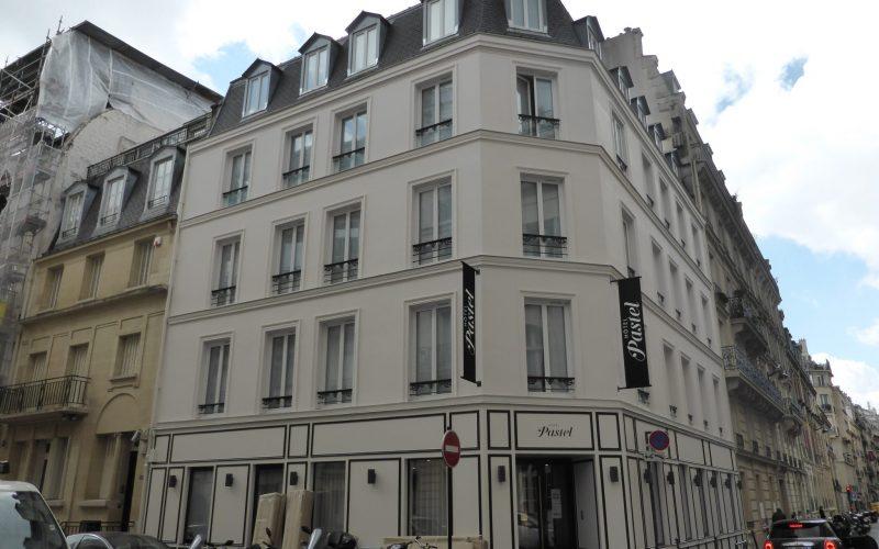 Hôtel Pastel (ex Hôtel Ambassade)