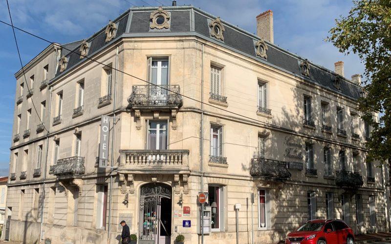Hôtel Souvenirs de Famille